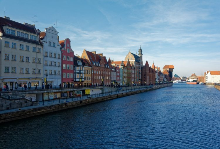 Things to do in Gdansk for free - Motlawa River Bank