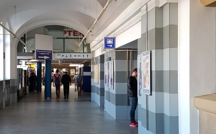 Gdansk - Guardaequipaje en la estación de trenes