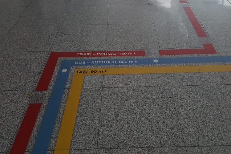 Desde aeropuerto Gdansk al centro con transporte público