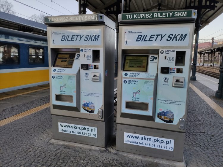 Máquinas de billetes de tren SKM