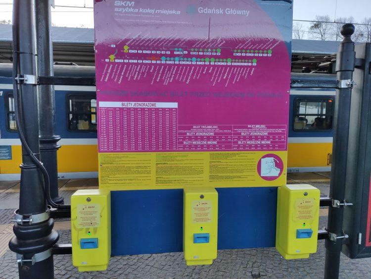 S-Bahn Fahrkarte Entwerter